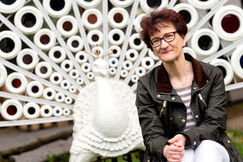 Iris Polensky ist eine von 70 Tierpaten im Schiebocker Zoo. Neben der gepflegten Anlage gefällt ihr auch das Betreiberkonzept, das Menschen mit Behinderung einbezieht, sagt die Bischofswerdaerin.