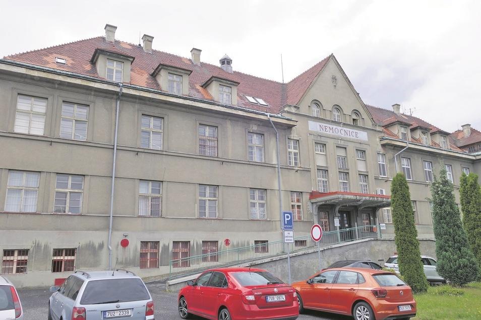 Seit Februar faktisch zu: Das Krankenhaus in Rumburk gewährleistet nur noch einen Notbetrieb.