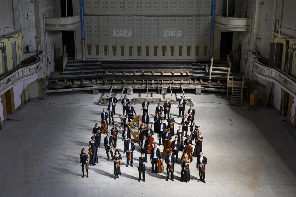 Die Neue Lausitzer Philharmonie wird bald nicht nur im Theater zu hören sein, sondern überall im Landkreis.