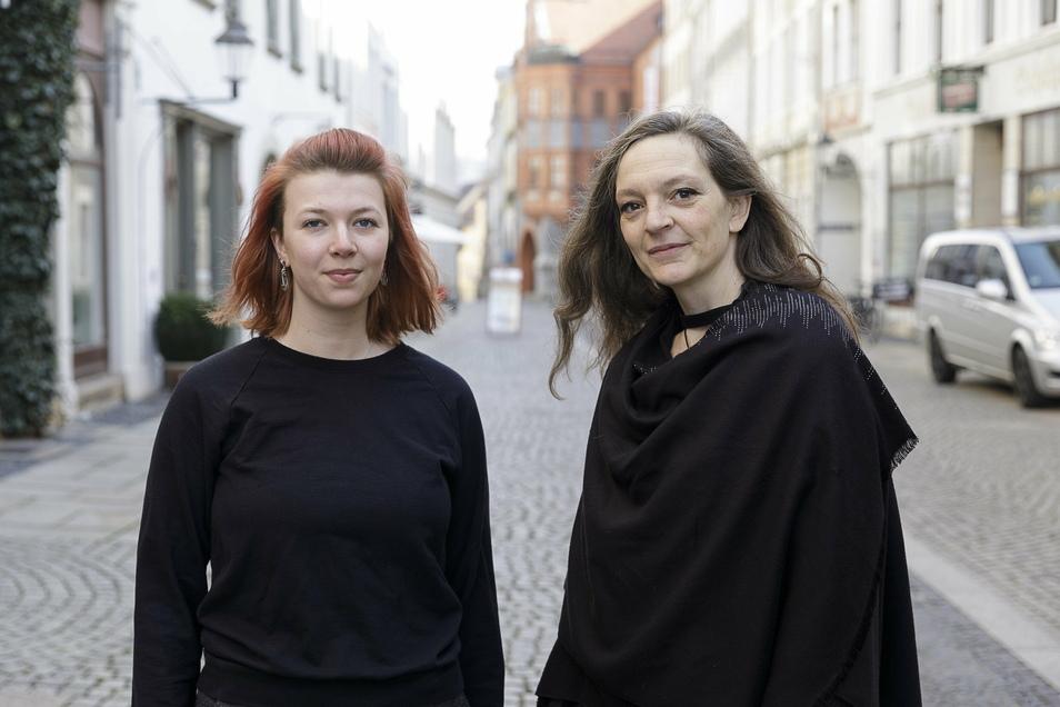 Caro Renner und Jana Krauß gründeten zu Beginn der Coronapandemie eine Hilfsinitiative, die zum Beispiel anbot, für Menschen der Risikogruppe einzukaufen oder wichtige Gänge zu erledigen.