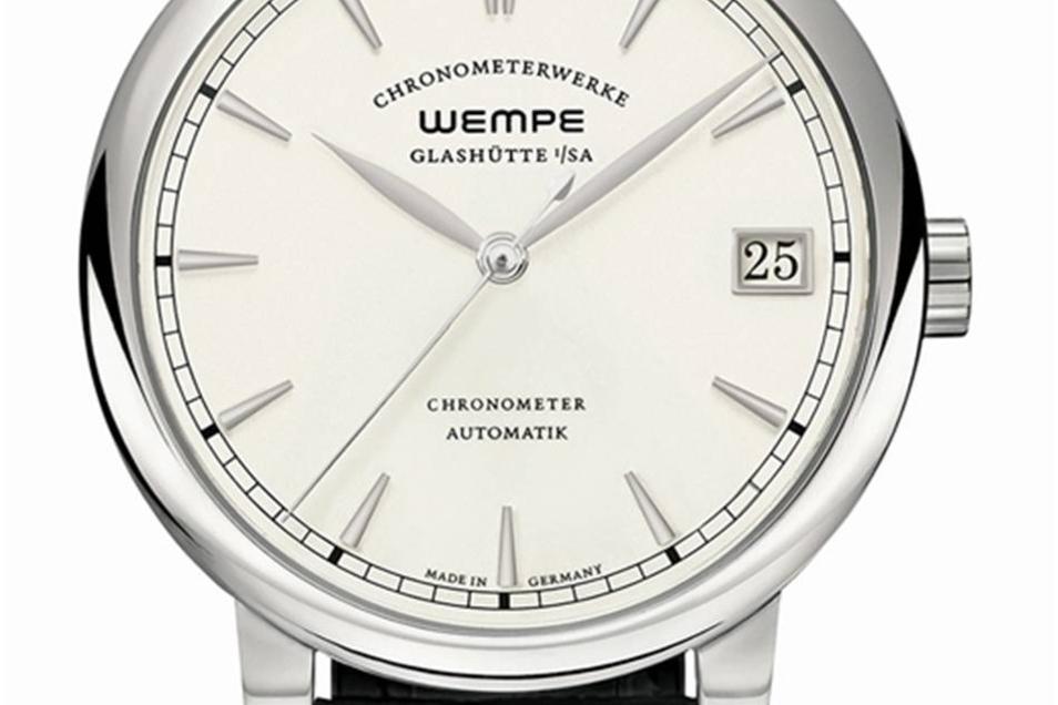 Automatik in Edelstahl Das Modell Chronometerwerke Automatik in der Edelstahlvariante kostet 6.950 Euro. In ihm befindet sich das ersten Wempe-Manufakturautmatikkaliber CW 4.