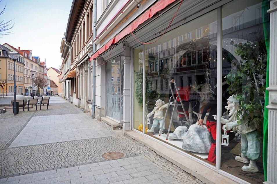 Schneewittchen kommt an die Hauptstraße: Das Märchen mit den sieben Zwergen soll das ehemalige Café in der Nähe des Rathausplatzes beleben.