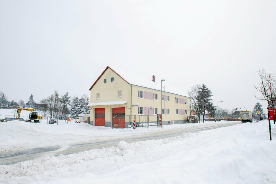 Das Possendorfer Feuerwehrgerätehaus wird als Nächstes mit Heizungs- und Sanitäranlagen ausgestattet.