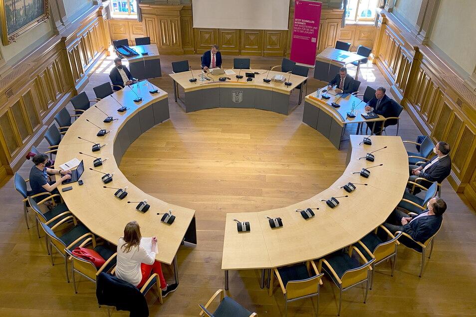 Im Löbauer Ratssaal finden normalerweise die Stadtratssitzungen statt. Wird von hier bald live übertragen?
