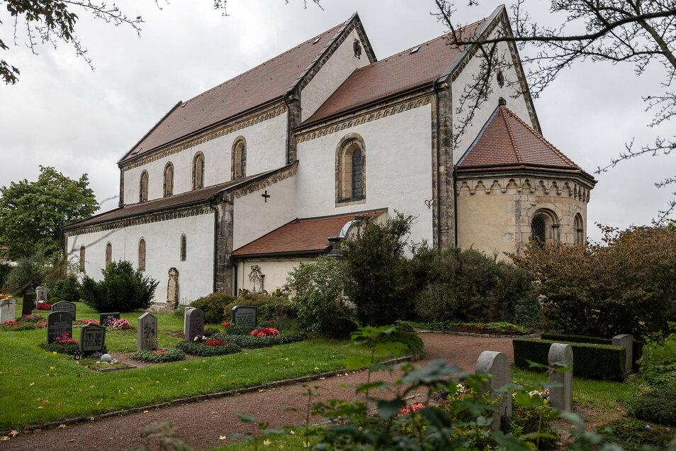 Auch ohne Turm ist die Nikolaikirche in Dippoldiswalde ein imposantes Gebäude.