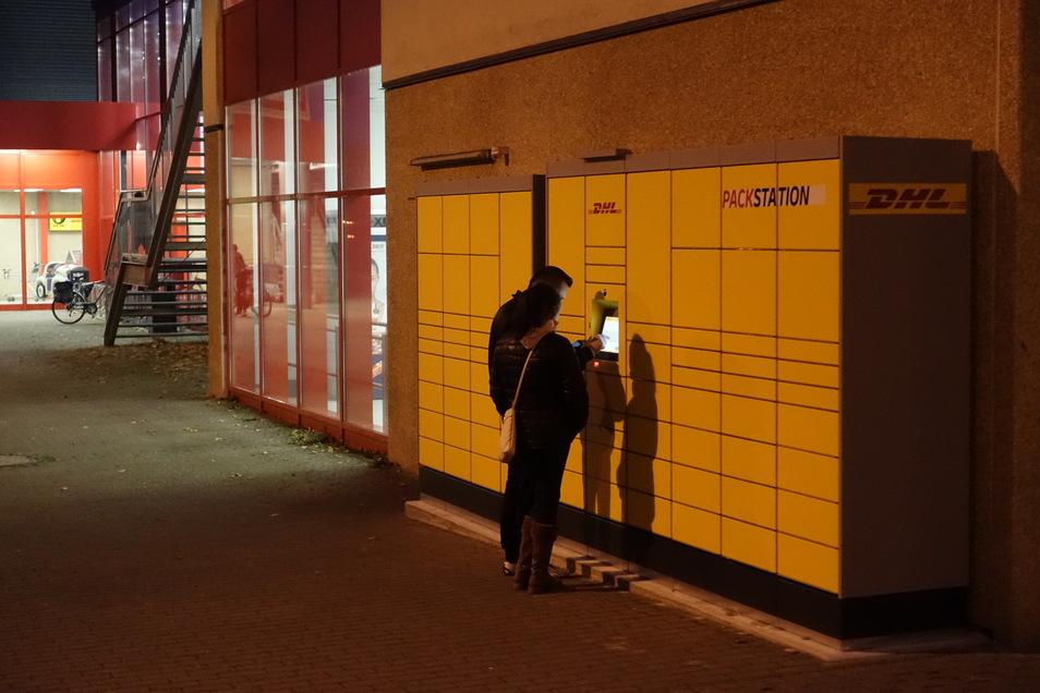 Tag und Nacht kann man an der neuen Packstation bei Kaufland in Döbeln Pakete abholen und ablegen.