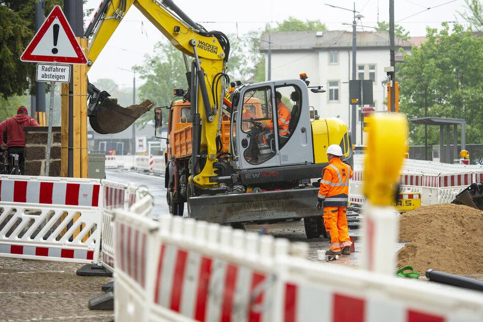 Die Arbeiten auf der Meißner Straße liegen im Zeitplan. Bis zur kompletten Freigabe muss trotzdem noch einiges erledigt werden.
