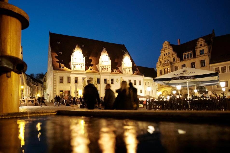 """""""Lust, Freud und Sünd"""" aus vergangenen Zeiten sollen in der Meißner Altstadt während des Rundgangs wieder zum Leben erwachen."""