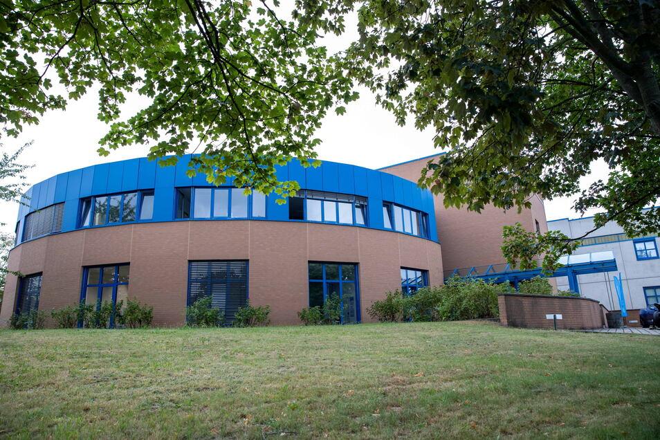 In diesem Gebäude produziert Tyssenkrupp Carbon Components Carbonfelgen.