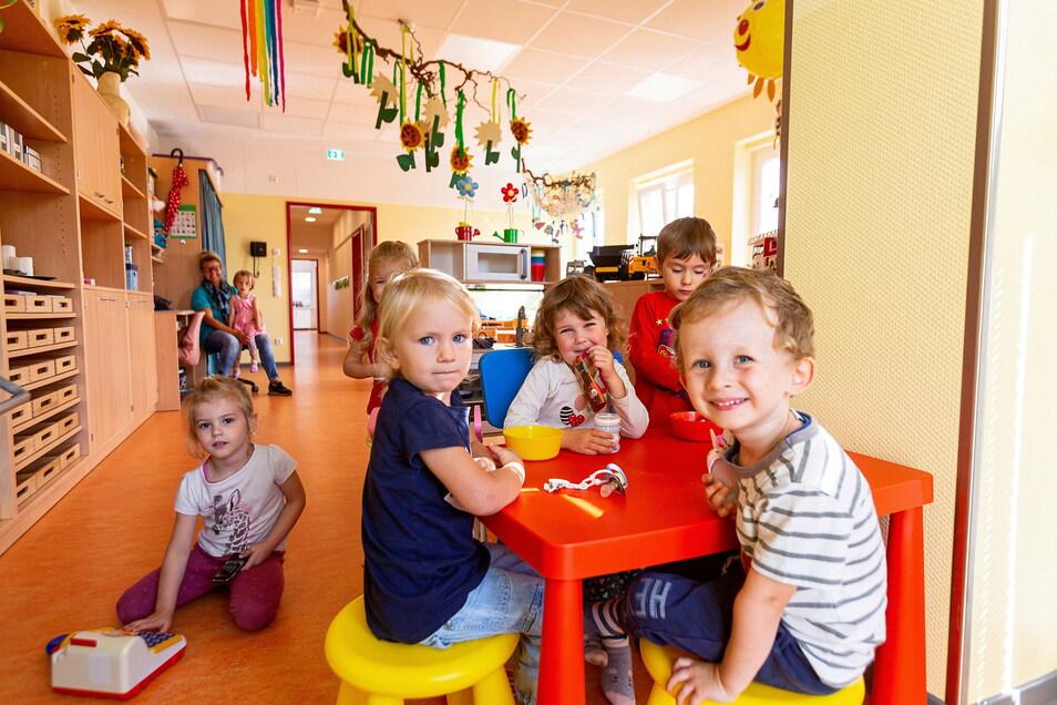 Im Herbst hat die Stadt Wilsdruff die erweiterte Kita am Landberg 14 in Wilsdruff feierlich in Betrieb genommen. Auch hier startet am Donnerstag der eingeschränkte Regelbetrieb.