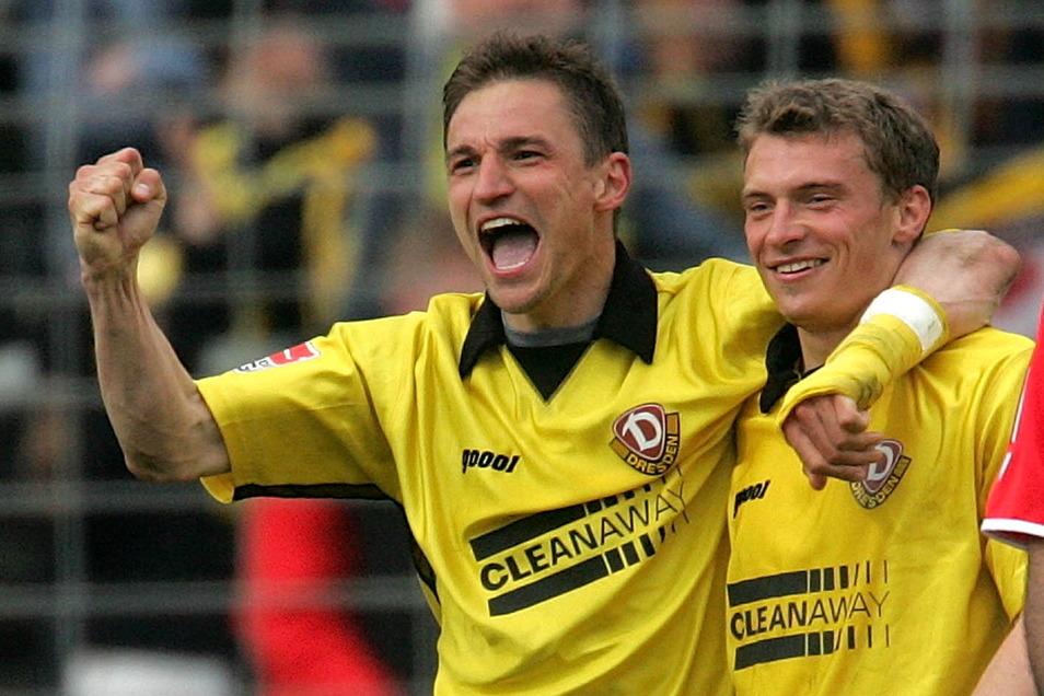 In der Zweitliga-Saison 2004/05 kamen 30 Prozent der Spieler aus Sachsen - wie René Beuchel (l.) und Christian Fröhlich.