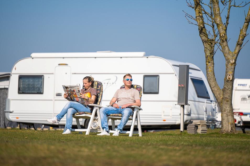 Abhängen und Sonne genießen auf dem Campingplatz - danach sehnen sich derzeit viele Sachsen.