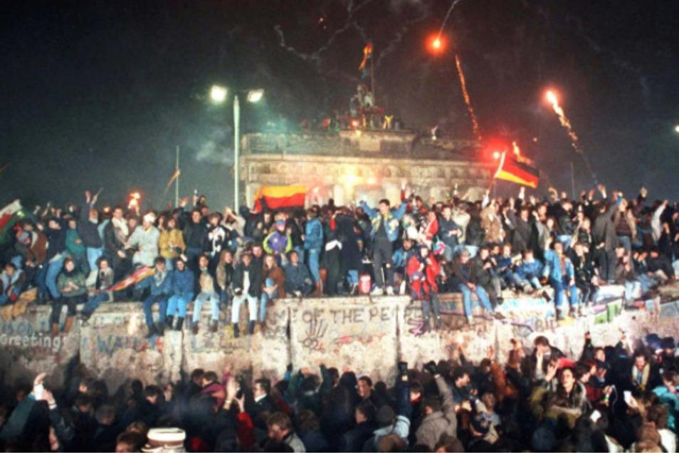 In den euphorischen Tagen des Mauerfalls war noch nicht klar, wie sehr sich viele Ost- und Westdeutsche während 40 Jahren Teilung in ihren Prägungen und Wertevorstellungen voneinander entfernt hatten.