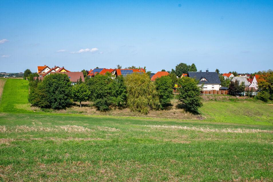 Die AfD-Fraktion würde die Erich-Kästner-Straße als Standort für den neuen Spielplatz bevorzugen.
