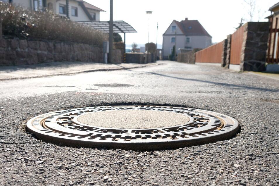 Außer auf der Straße soll auch im Untergrund, an Kanälen und Leitungen, gebaut werden.