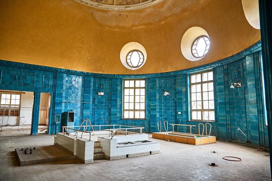 Der blaue Saal: einer von vielen bestaunten Besonderheiten des Kurmittelhauses.