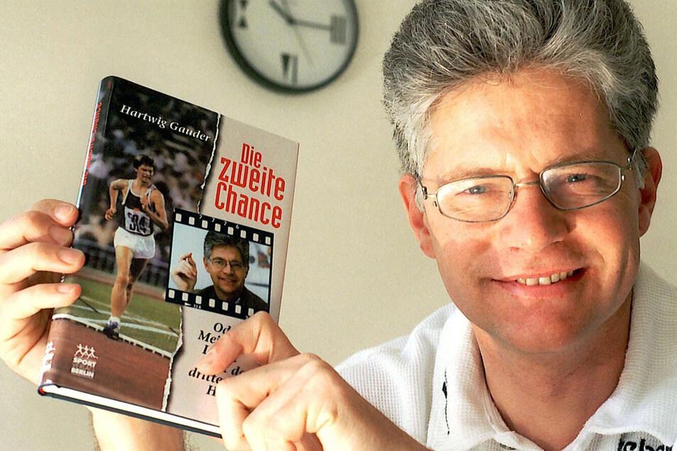 """In seinem Buch """"Die zweite Chance"""" hat Gauder sein Leben vor und nach der Herztransplantation beschrieben - und darin auch seine Karriere als Sportler neu bewertet."""