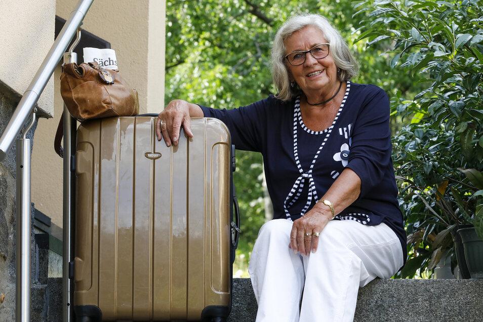 Die Lückendorfer Rentnerin Ingrid Weidner ist sehr reiselustig. Doch die letzte Meile der Heimreise ist mitunter beschwerlich.