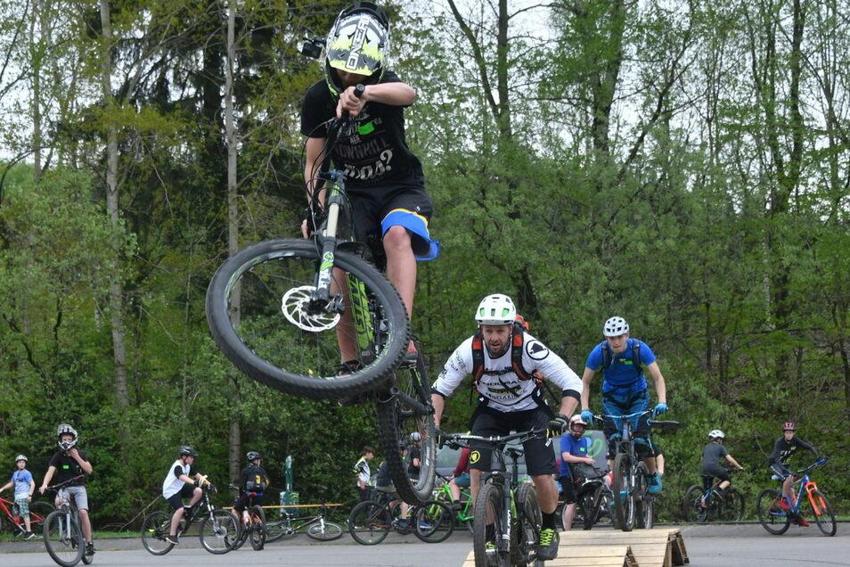 Mountainbike-Workshop am Sebnitzer Solivital: Der geplante Bikepark soll den Tourismus beleben.