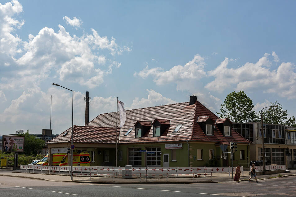 Bis vor Kurzem war hier noch die Rettungswache des Deutschen Roten Kreuzes untergebracht.