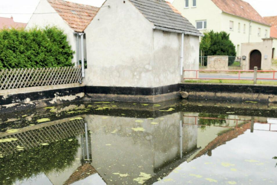 Das frühere Baudaer Spritzenhaus soll einen neuen Farbanstrich erhalten.