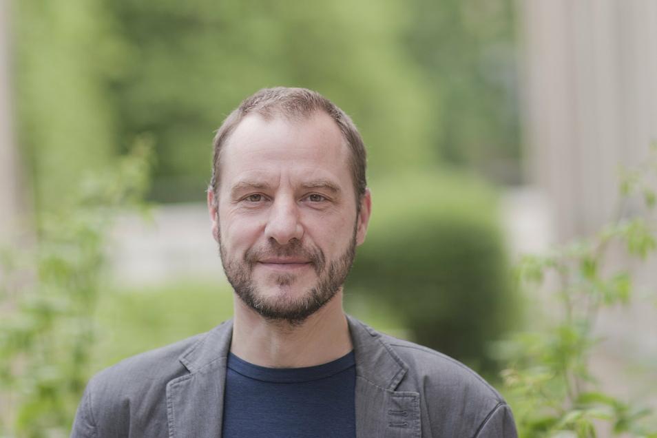 Raj Kollmorgen ist Professor für Soziologie und Management des sozialen Wandels an der Hochschule Zittau/Görlitz Populismus, Protest und der gesellschaftliche Wandel sind seine Themen - die auch in der Coronakrise eine große Rolle spielen.