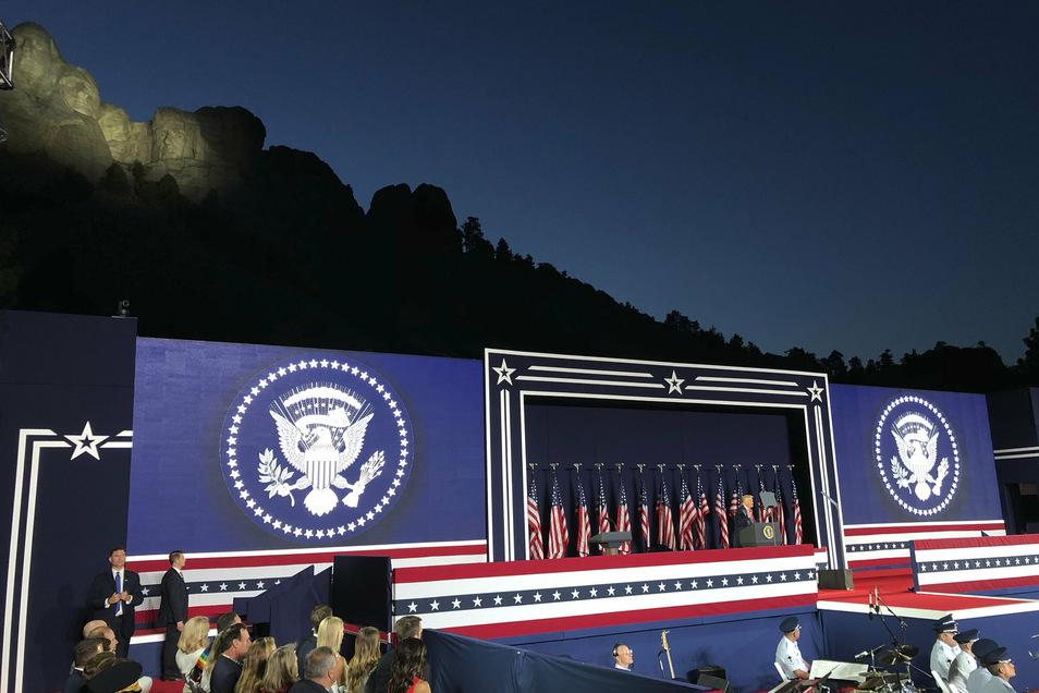 """Trump bei seiner Rede im """"großartigsten Land in der Geschichte der Welt"""""""