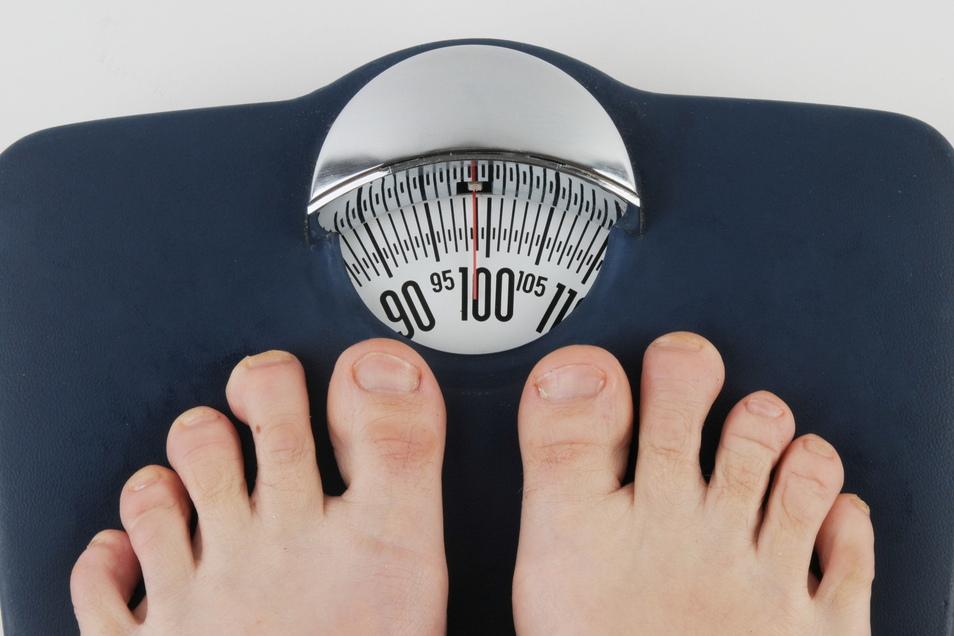 Sitzen, Fastfood, Stress – all das führt zu Übergewicht. Und das begünstigt auch den Diabetes.