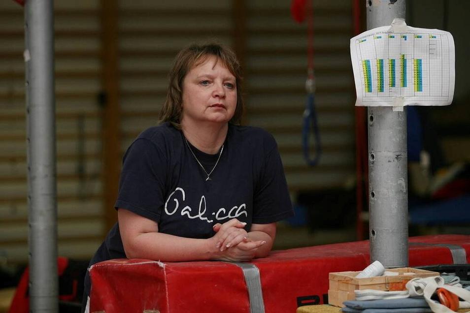 Gabriele Frehse trainiert seit mehr als drei Jahrzehnten Turnerinnen in Chemnitz. Einige erheben schwere Vorwürfe gegen sie, andere starten für sie eine Spendenaufruf.