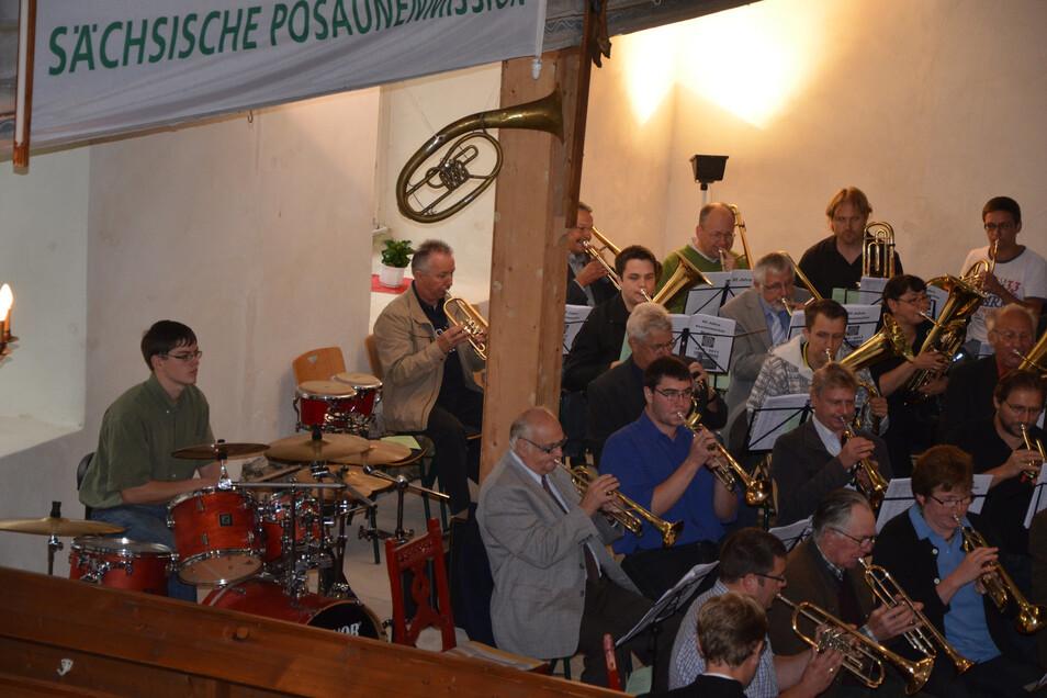 Für den Schlagzeuger rücken die Bläser am Sonntag in der Kirche Marbach wieder zusammen.