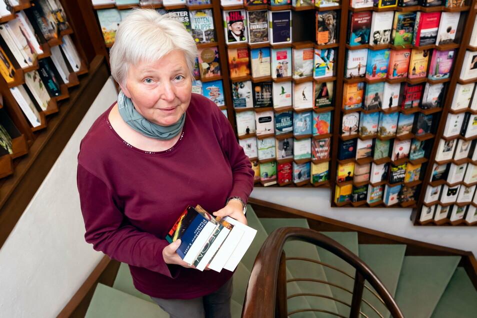 Die Bautzener Buchhändlerin Reingard Kretschmar-Dietrich richtet seit vielen Jahren den bundesweiten Vorlesewettbewerb für Schüler auf Kreisebene aus. Diesmal läuft der anders als gewohnt.