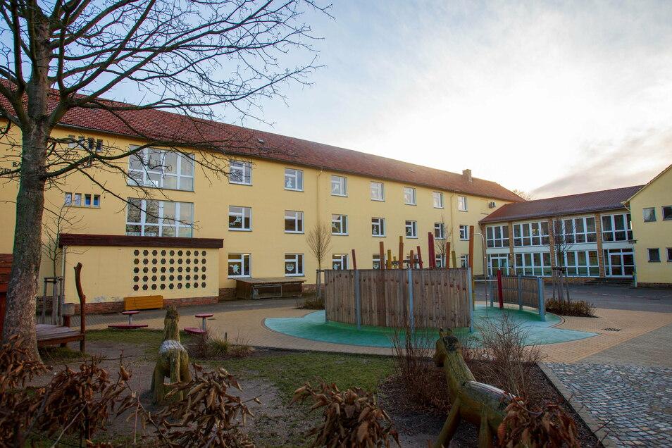 Die Basaltus-Grundschule in Stolpen soll künftig immer zweizügig laufen. Dafür muss angebaut werden.