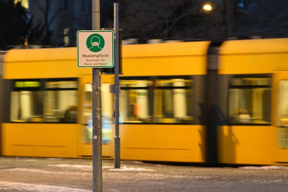 Noch ist Lockdown, doch die Fahrgastzahlen in den Dresdner Bussen und Bahnen steigen.