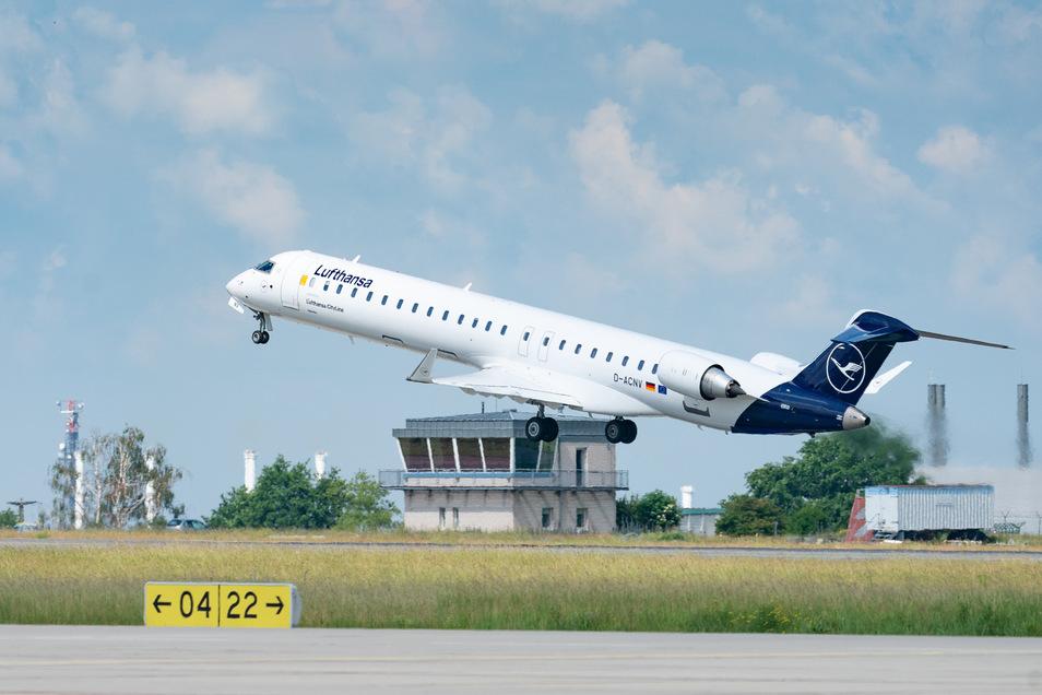 Die Lufthansa kann auch künftig abheben - wie hier in Dresden.