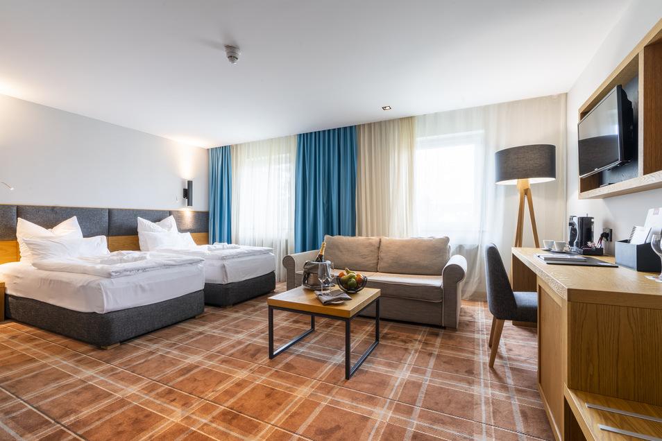 Neben gemütlichen Zimmern hat das Grand Hotel Suhl zudem einen Wellnessbereich mit Innenpool, Sauna und Dampfbad sowie ein breites Angebot an Massagen und Anwendungen zu bieten.