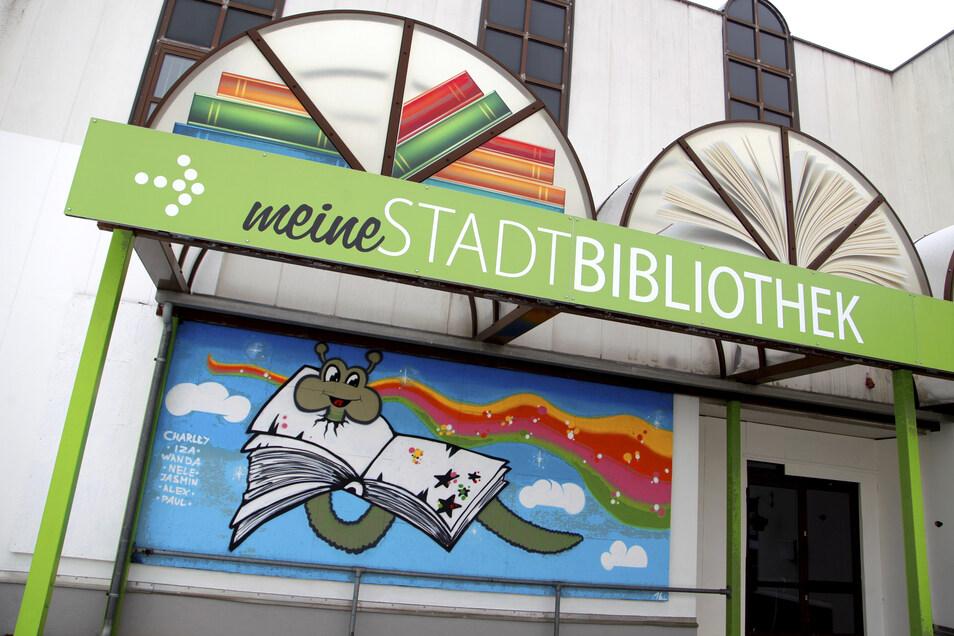 Die Stadtbibliothek Ebersbach-Neugersdorf zieht derzeit um. Jetzt gibt es für die Einrichtung eine besondere Auszeichnung.