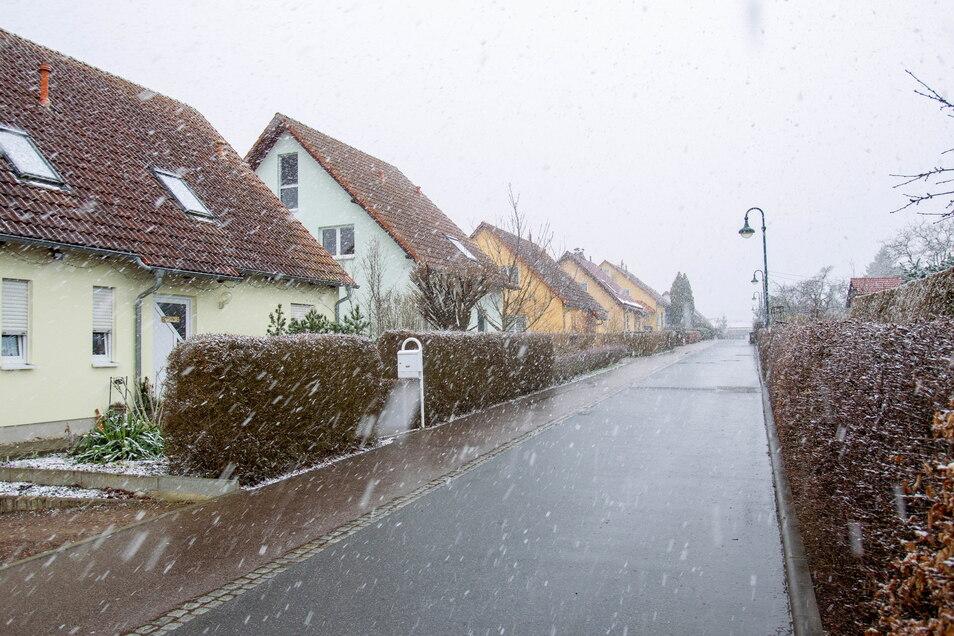 In den kommenden Monaten werden weitere Einfamilienhäuser in Wilsdruff entstehen. Dieses Foto zeigt das Wohngebiet Lerchenbachweg in Wilsdruff.