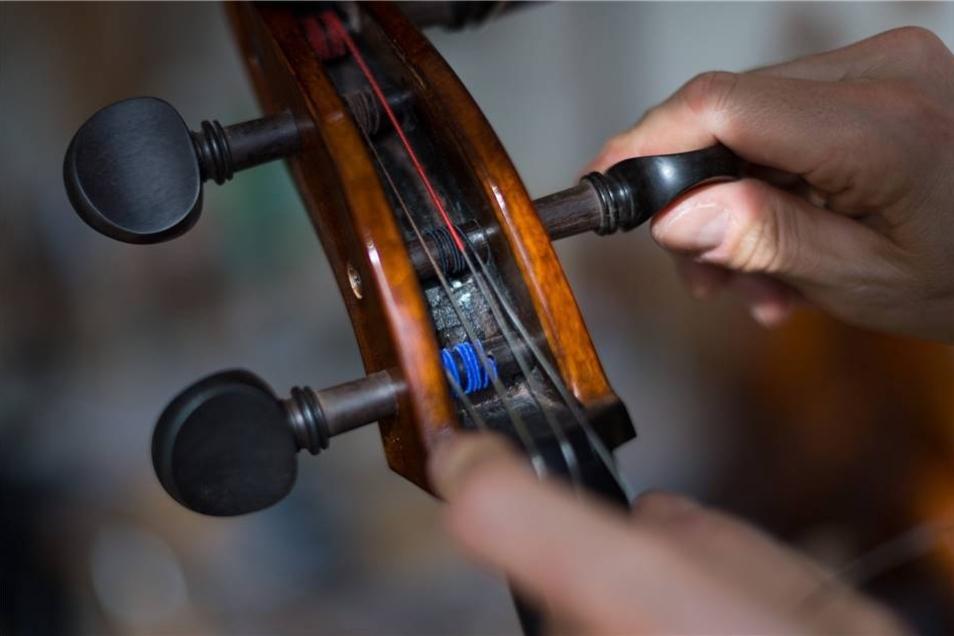 Stimmen des Cellos.