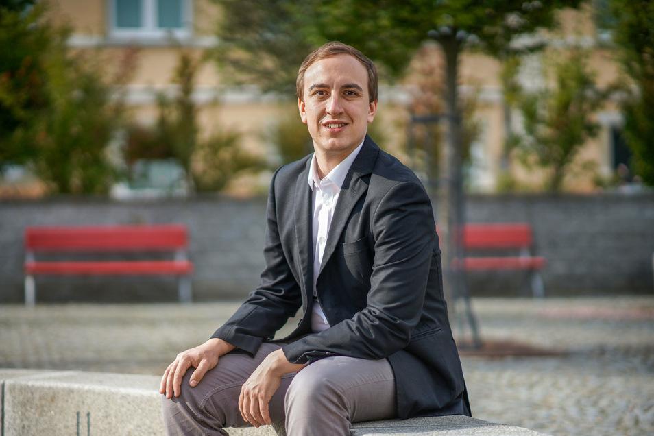 Benjamin Lange (28) ist Diplom-Jurist und Diplom-Verwaltungswirt und sitzt für die Wählervereinigung Demitz-Pohla-Rothnaußlitz (DePoRo) im Gemeinderat.