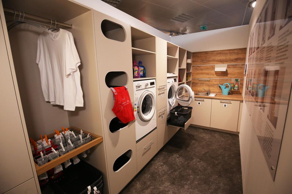 Alles kompakt und ergonomisch verstaut - die Hauswirtschaftsräume der Firma Schüller setzen Maßstäbe. Angeboten werden sie auch im Küchenzentrum Dresden.