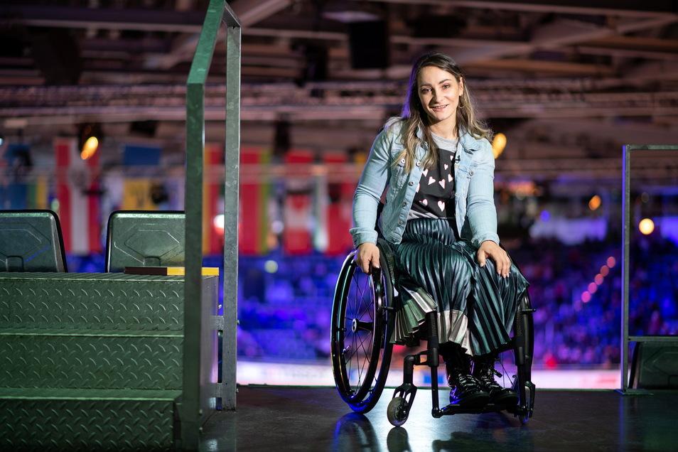 Seit dem Trainingsunfall im Juni 2018 in Cottbus, wo Kristina Vogel von einem Nachwuchsfahrer aus den Niederlanden angefahren und schwer verletzt wurde, sitzt die 30-Jährige im Rollstuhl.