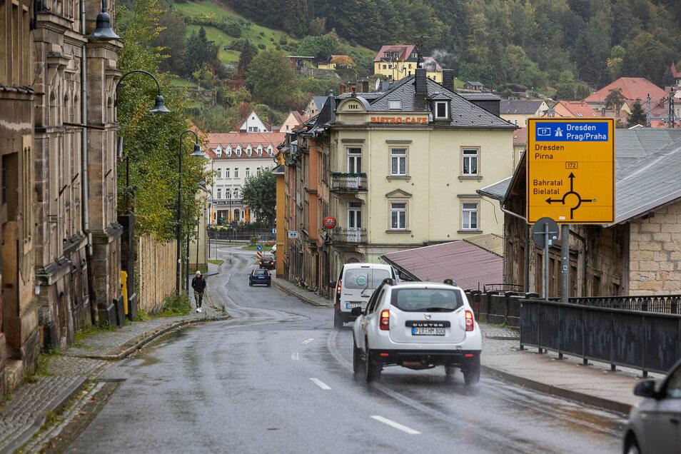 Zwei Jahre für 300 Meter: Die B 172 in Königstein soll ausgebaut werden - viel später als geplant.