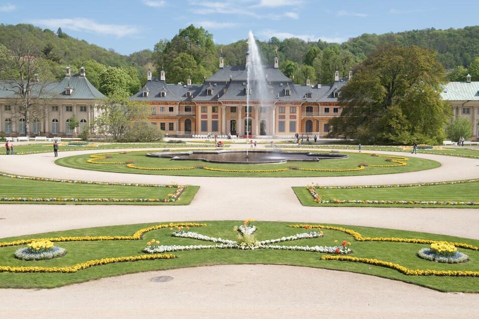 Das Bergpalais im Schloss und Park Pillnitz in Dresden