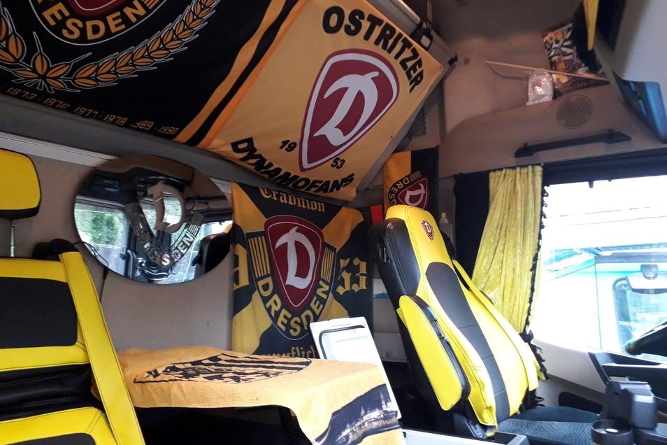 So sieht der Arbeitsplatz des Ostritzers Fernando Hayn - die Fahrerkabine seines Trucks aus, mit dem er quer durch die alten Bundesländer meist Nobel-Karossen zu Autohäusern fährt.