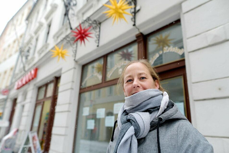 Evelyn Tietz ist die neue Inhaberin des Kunstgewerbegeschäftes in der Zittauer Frauenstraße.