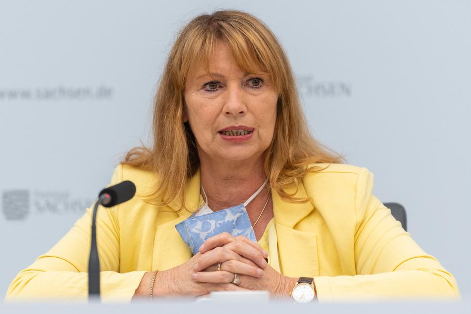 Seit Monaten im Corona-Krisenmodus: Sachsens Gesundheitsministerin Petra Köpping (SPD) muss derzeit über den Umgang mit Touristen aus Corona-Risikogebieten wie in NRW entscheiden.