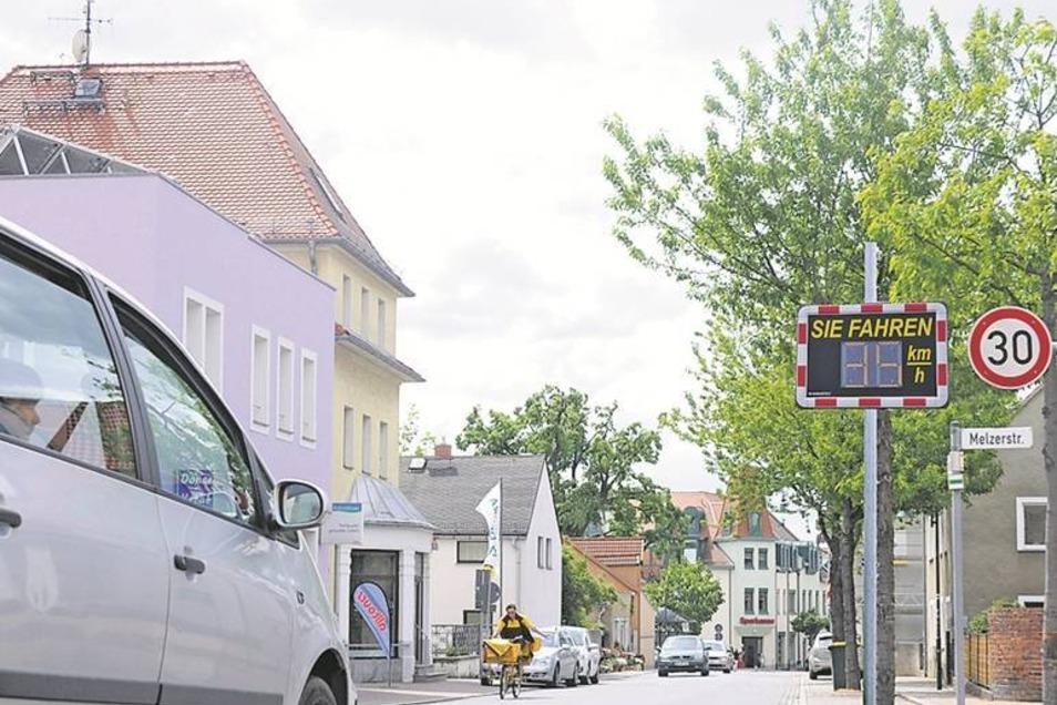 Hauptstraße in WeinböhlaFoto: Montage mit Tempotafel