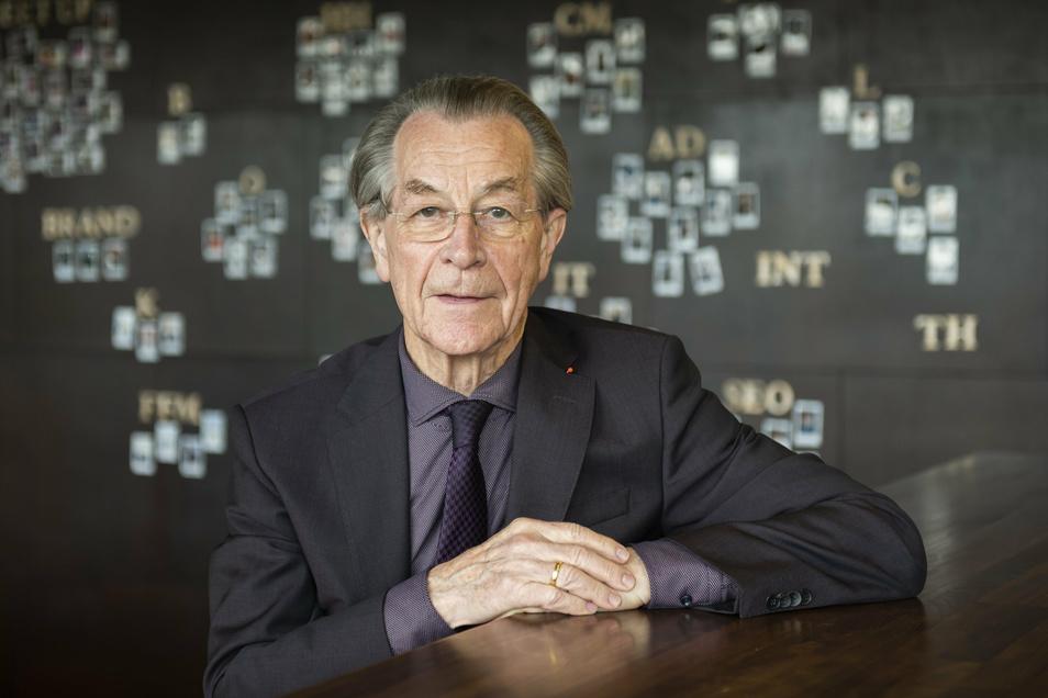 80 Jahre alt und noch immer aktiv und unterwegs: Franz Müntefering beim Gespräch im Dresdner Haus der Presse.