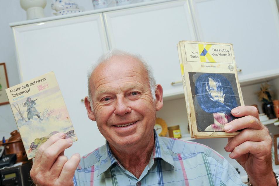 Dieter Türke aus Tauscha zeigt die Werke seines Cousins Kurt Türke. Der wäre jetzt 100 Jahre alt geworden.