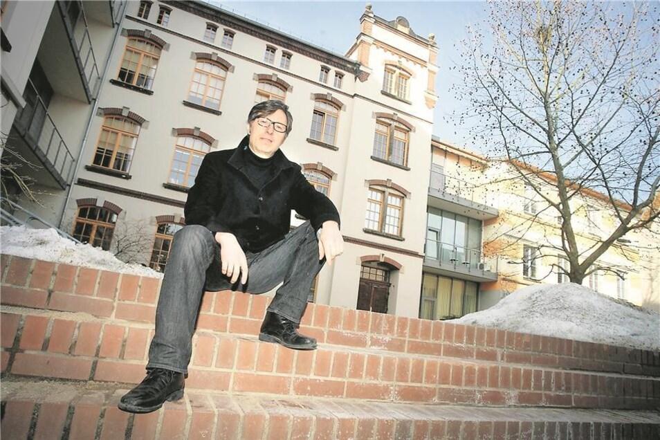 Der Unternehmer lebt mit seiner Familie, seiner Frau und vier Kindern, mittlerweile wieder in Dresden.Foto: M. Schumann